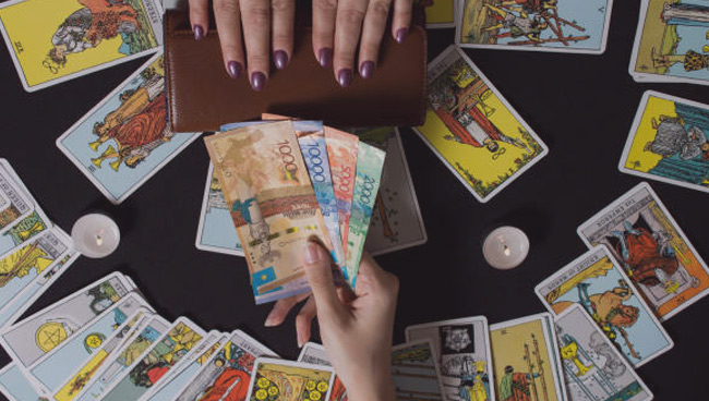 Сколько стоит гадание на картах Таро