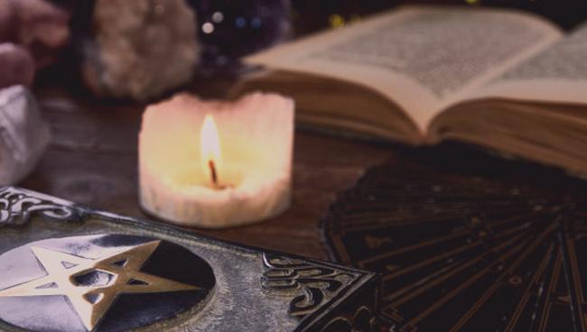 Таро и астрология: связь